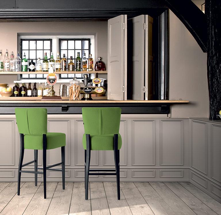 Mobiliario para bares y cafeterias