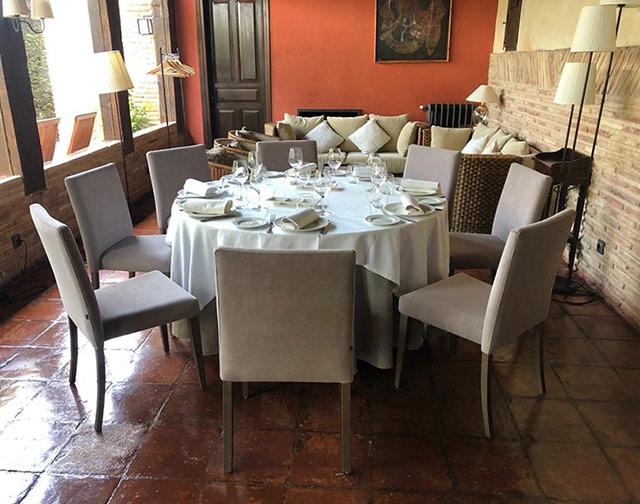 Mobiliario para restaurant La Vieja Bodega